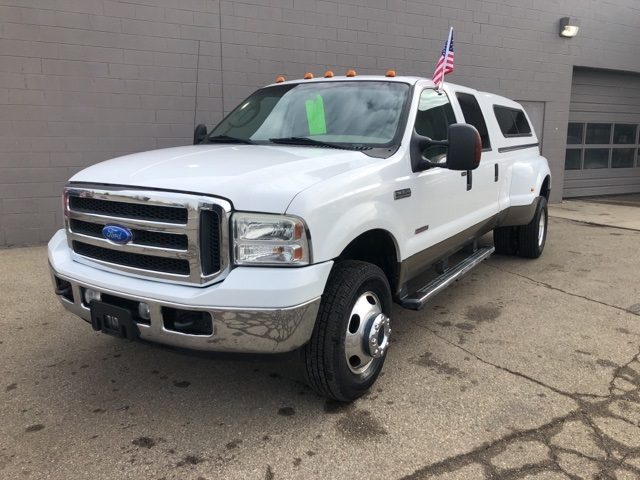 Pre-Owned 2005 Ford F-350SD Lariat